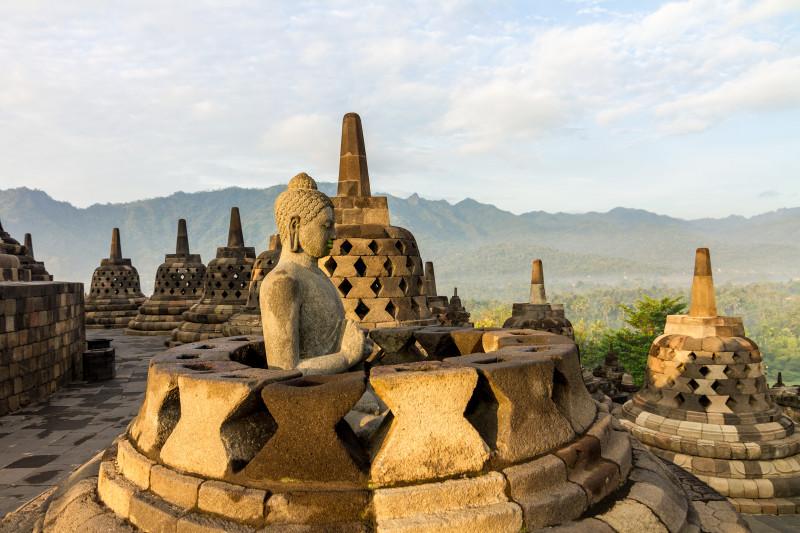 Java, Borobudur, beeindruckende buddhistische Tempel Borobudur, im 8. Jahrhundert erbaut, gilt als einer der bedeutendsten in ganz Südostasien