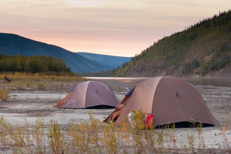 Wildcampen direkt am Yukon River
