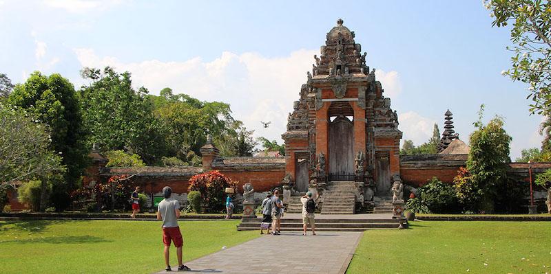 Drohne-Taman-Ayun-Bali
