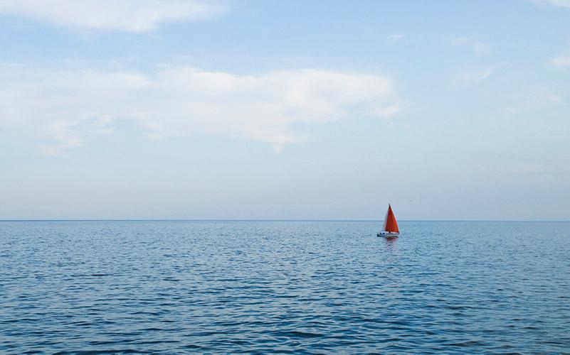 Segelreisen: Zwischen Beck's-Werbung, Luxusyacht und Mitfahrgelegenheit