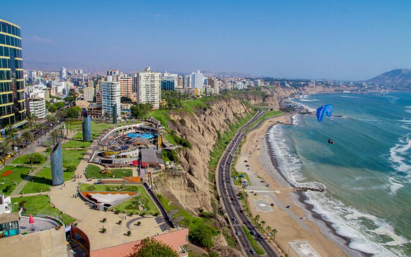 Lima: Die Metropole Perus und Start unserer Tour.
