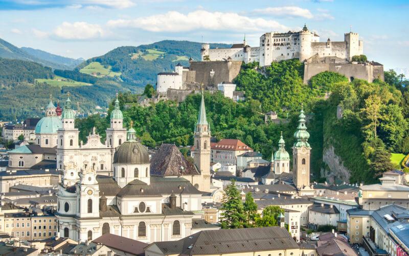 Österreich, Salzburgs imposantes Stadtbild