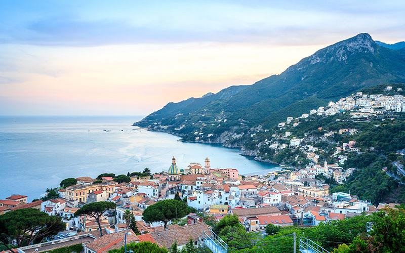 Vietri sul Mare – ein besinnlicher Küstenort in Kampanien