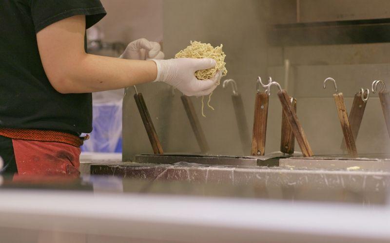 Ramen in der Küche