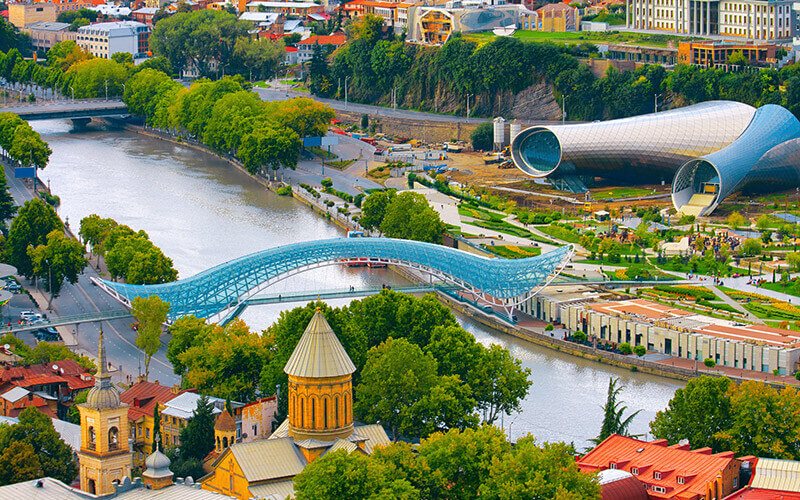 © Depositphoto - Viktoriia VitkovskaSchöne Aussicht auf den Kura-Fluss