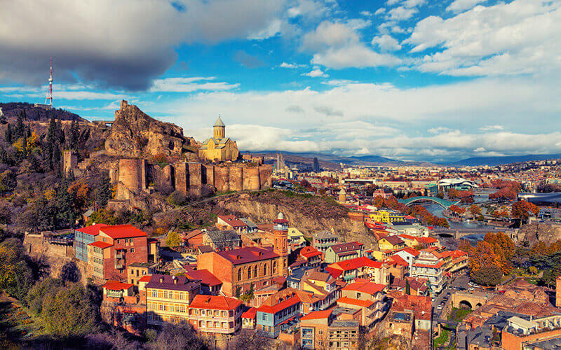 Panoramablick auf Tbilisi © Depositphoto - Viktoriia Vitkovska